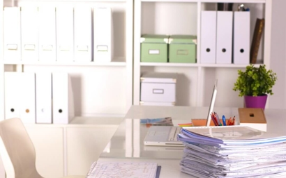 Keep A Clean And Organized Work Space